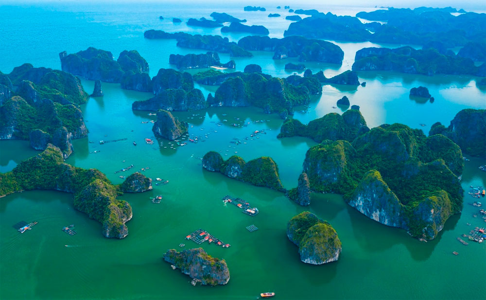 Bird-eye views, paradisiacal beauty, Lan Ha Bay, Ha Long Bay, world's most beautiful, stunning beauty