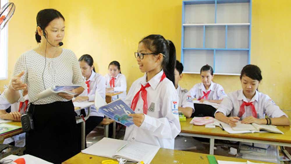 NGƯT Nguyễn Văn Tiến, nguyên giáo viên Trường THPT Chuyên Bắc Giang, Giáo dục, thực chất, tránh bệnh thành tích