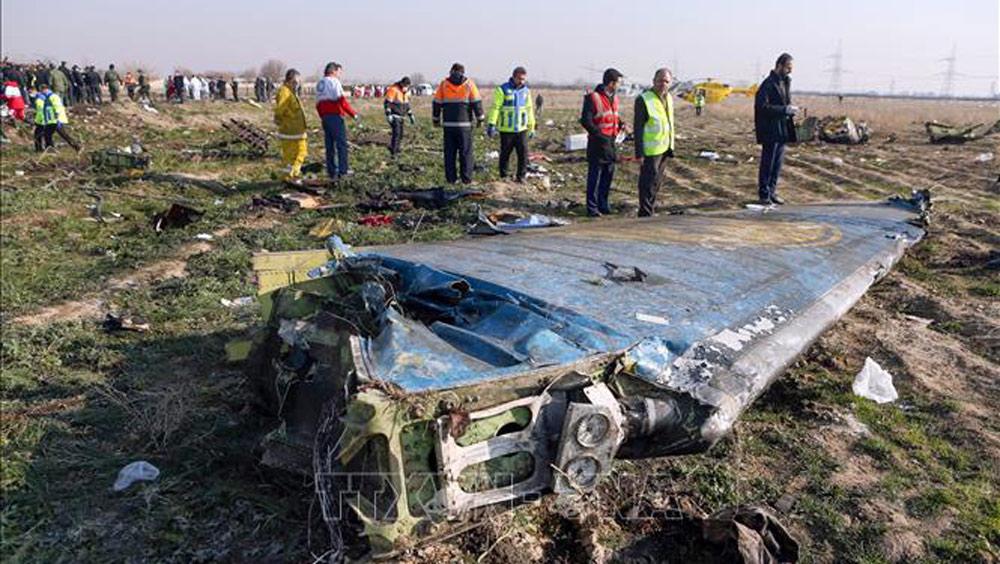 Rơi máy bay,máy bay chở khách Ukraine rơi tại Iran,radar phòng không