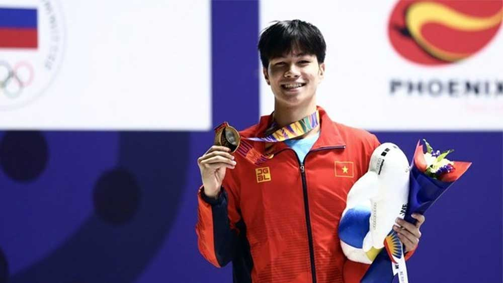 Swimmer, breaks SEA Games record, youth tournament, Tran Hung Nguyen, National Youth Swimming Tournament, 17-year-old swimmer,  freestyle category