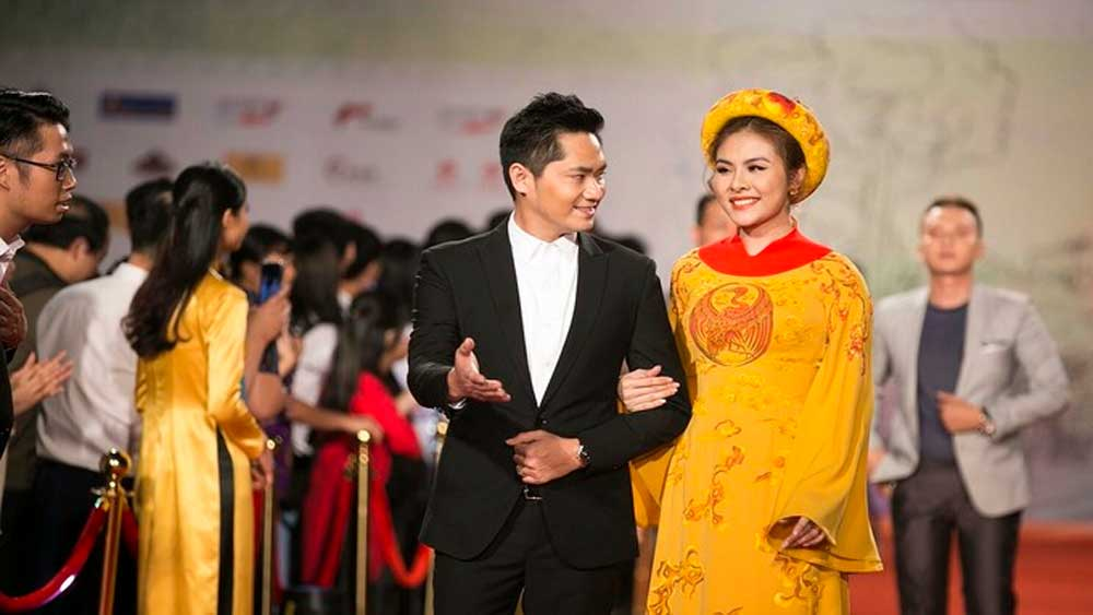 Hanoi International Film Festival, postponed to 2022, ongoing Covid-19 pandemic, international travel restrictions, international flights, outstanding cinematographic works