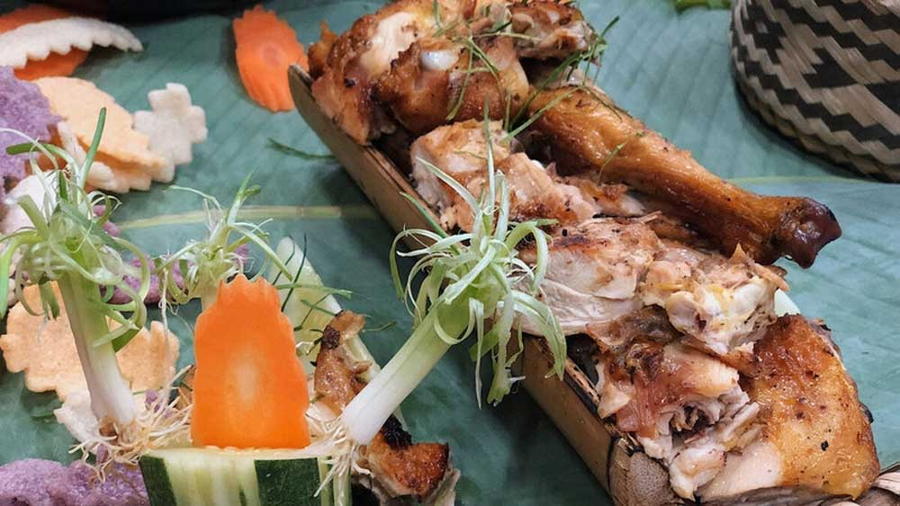 Grilled chicken, bamboo tube, famous dish, Thai ethnic minority, mac khen, signature pepper,  golden colour