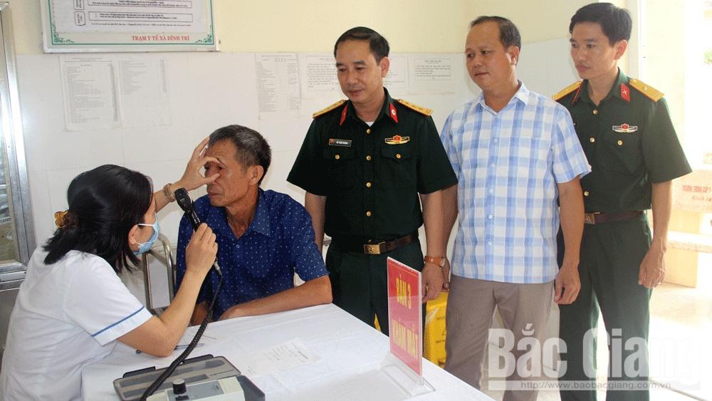 Bắc Giang: 205 đối tượng chính sách được khám, nhận thuốc miễn phí