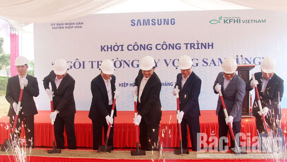 Bac Giang province, favourable conditions, RoK's investors, Samsung Electrics Vietnam, Samsung Hope School, investment and business, rapid economic development