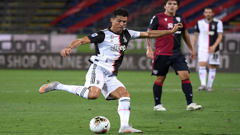 Juventus, Cagliari, Ronaldo, Chiếc Giày Vàng