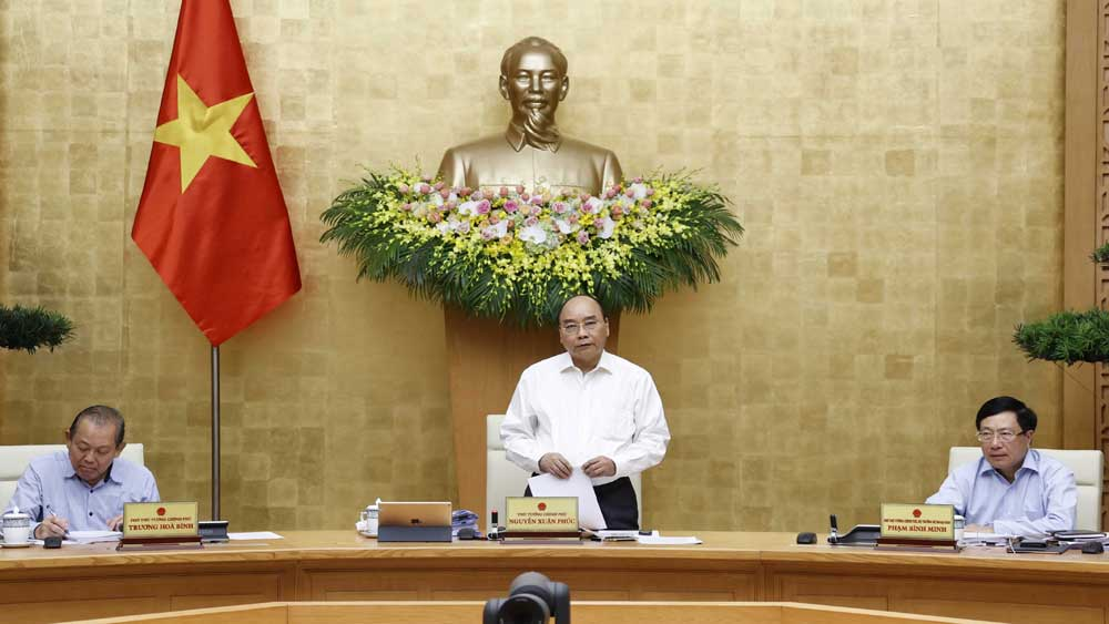Thủ tướng Nguyễn Xuân Phúc giao Bộ Giáo dục và Đào tạo quyết định về kỳ thi tốt nghiệp THPT
