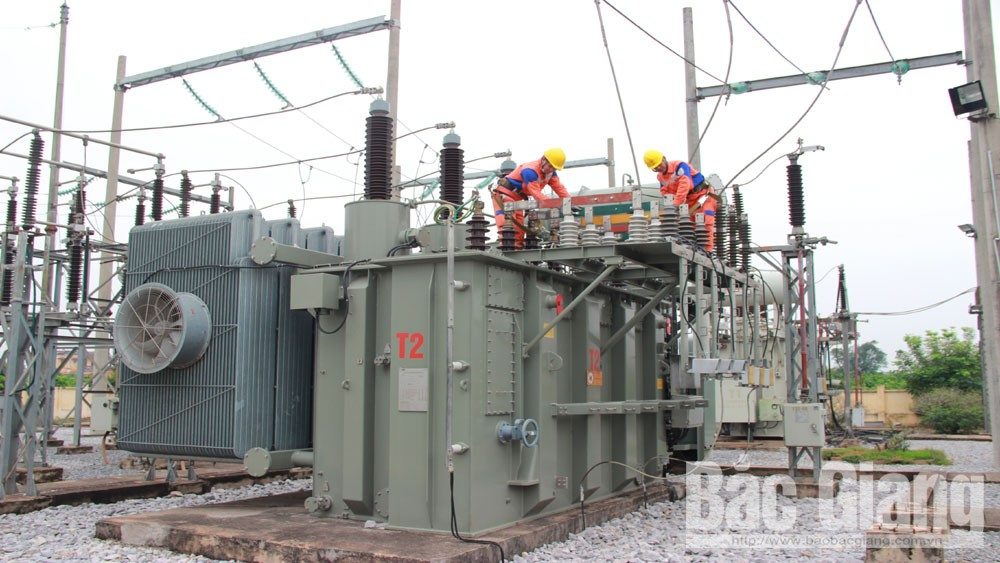 Bac Giang province, 78 billion VND, building and revamping, power projects, Bac Giang Electricity Company, newly invested power projects, grid connection, supply stability