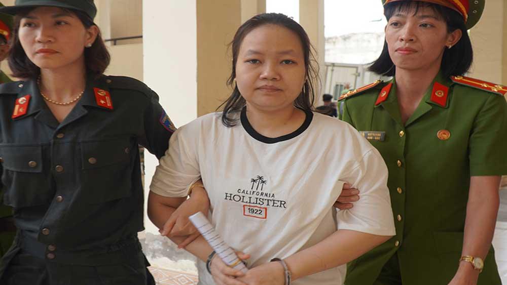 Chủ mưu, đổ bêtông thi thể, xin giảm án tử hình, Phạm Thị Thiên Hà, Trịnh Thị Hồng Hoa