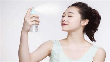 5 điều bạn chưa hề biết về công dụng của nước xịt khoáng