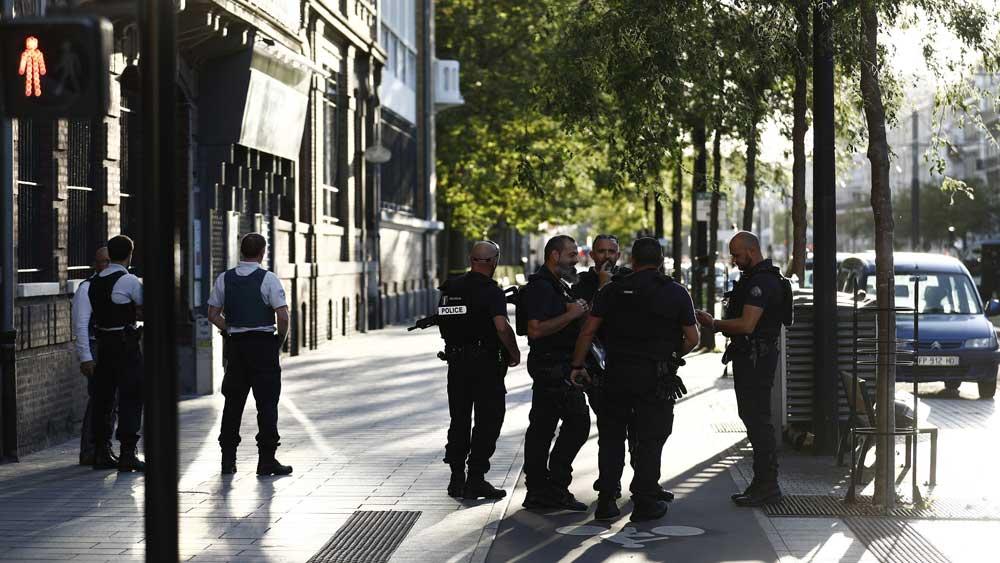 Pháp, 5 người, bị bắt làm con tin, thành phố Le Havre