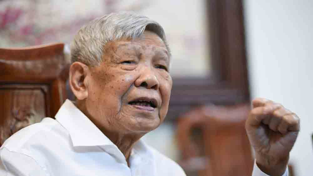 Former Party chief Le Kha Phieu dies aged 89
