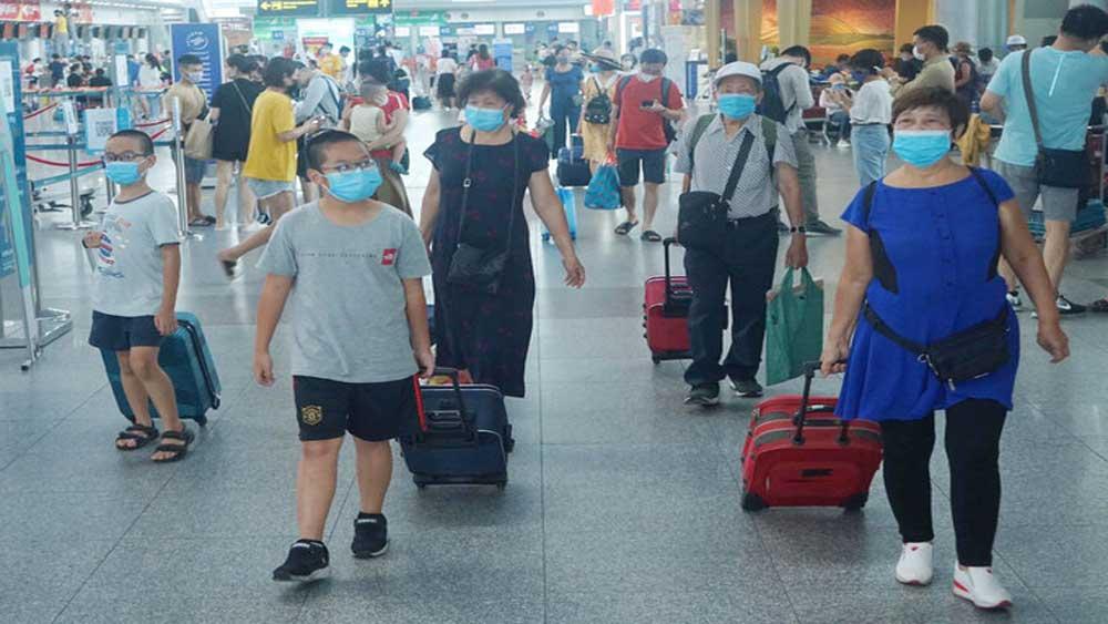Gần 1.700 người đăng ký rời Đà Nẵng