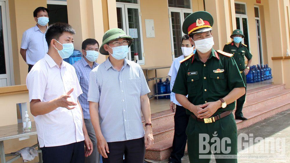 Kiểm tra tại Sơn Động, Phó Chủ tịch UBND tỉnh Lê Ánh Dương chỉ đạo: Tập trung dập dịch, bảo đảm đời sống nhân dân