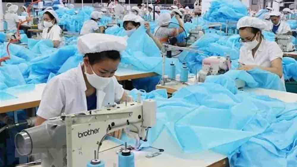 Ho Chi Minh City has 105,000 job vacancies till year-end