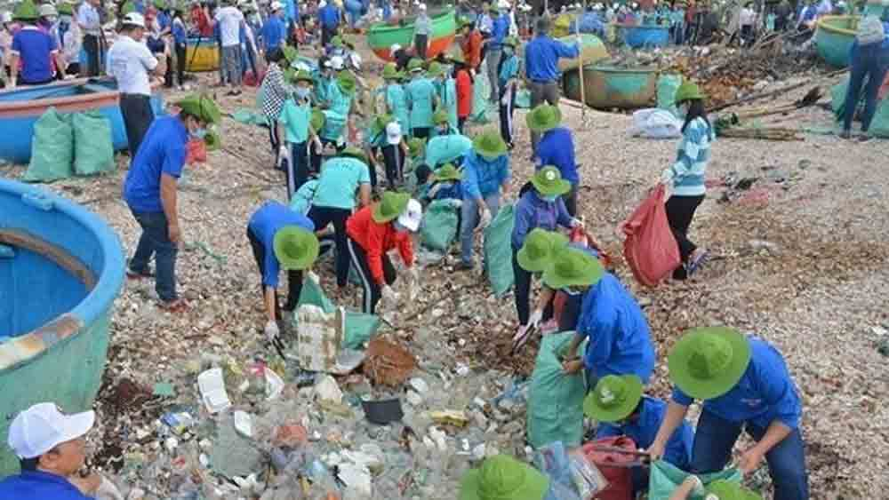 2020 International Youth Day, Vietnamese youth, takes action, cleaner environment, Vietnamese young people, future generations