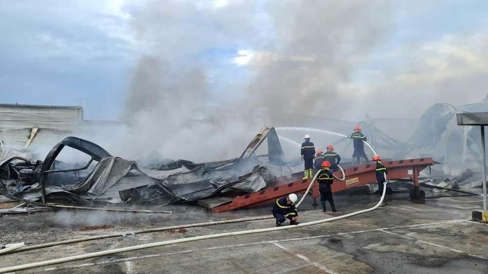Cháy lớn, Công ty JAANH Vina ở Bắc Ninh, khu công nghiệp Yên Phong, tỉnh Bắc Ninh,