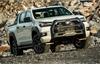Toyota Hilux 2020 ra mắt, giá cao nhất 921 triệu đồng