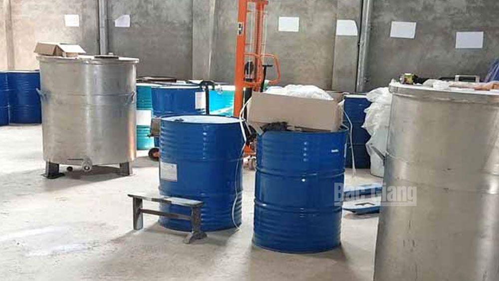 Lục Nam: Yêu cầu cơ sở sản xuất sơn dừng hoạt động thử nghiệm