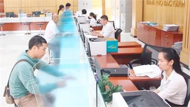 Chuẩn hóa đội ngũ cán bộ ở TP Bắc Giang: Vững chuyên môn, tận tình phục vụ