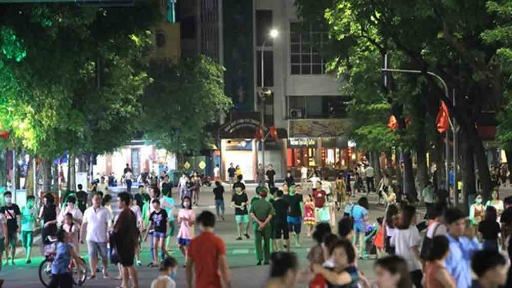 Pedestrian streets, Hoan Kiem Lake, Covid-19 pandemic, popular walking streets, temporarily close,  prevention and control