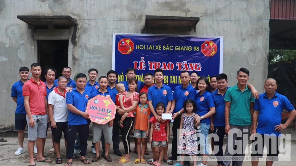 Hội Lái xe Bắc Giang 98 hỗ trợ thành viên bị tai nạn giao thông