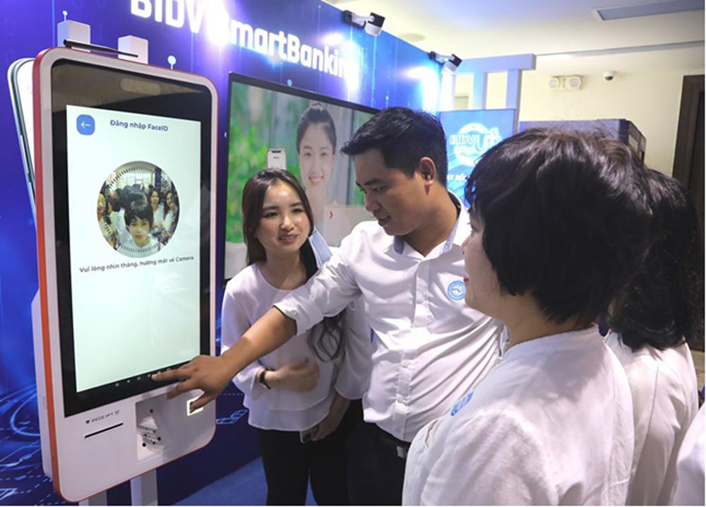 Chuyển đổi số, Chiến dịch chuyển đổi số, trải nghiệm khách hàng tốt hơn, hoạt động ngân hàng