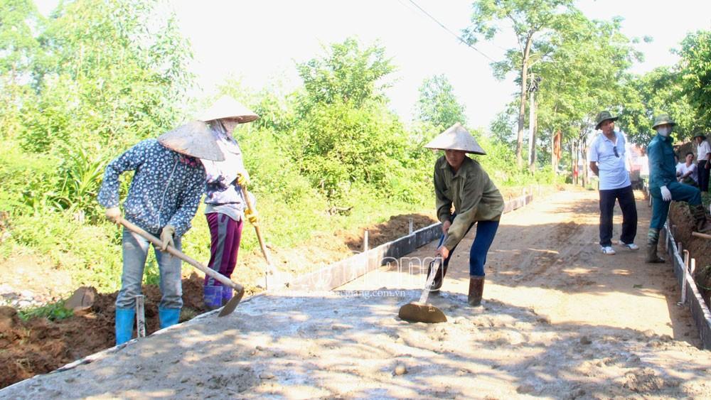 Huyện Hiệp Hòa chi 1,8 tỷ đồng hỗ trợ hai xã Hương Lâm, Lương Phong xây dựng nông thôn mới