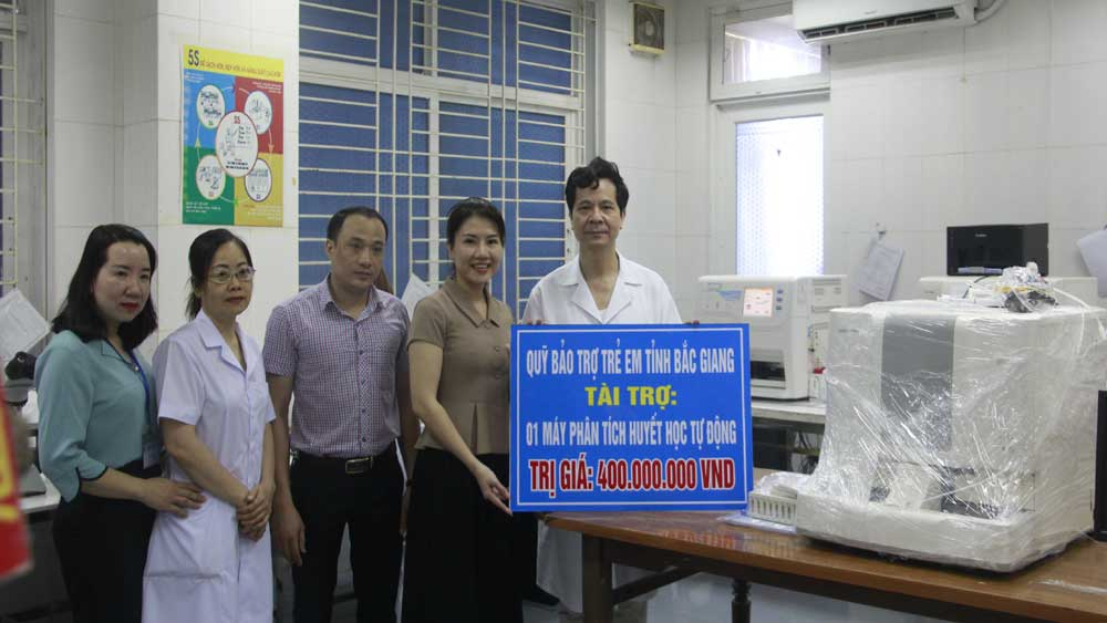 Bac Giang province, targets for children, Fund of Bac Giang for Children, material and spiritual development, impoverished children, Diverse sources