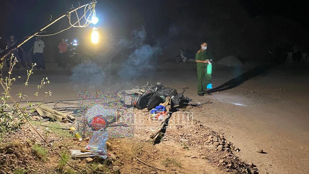 Bắc Giang: Một người điều khiển xe máy tự ngã tử vong