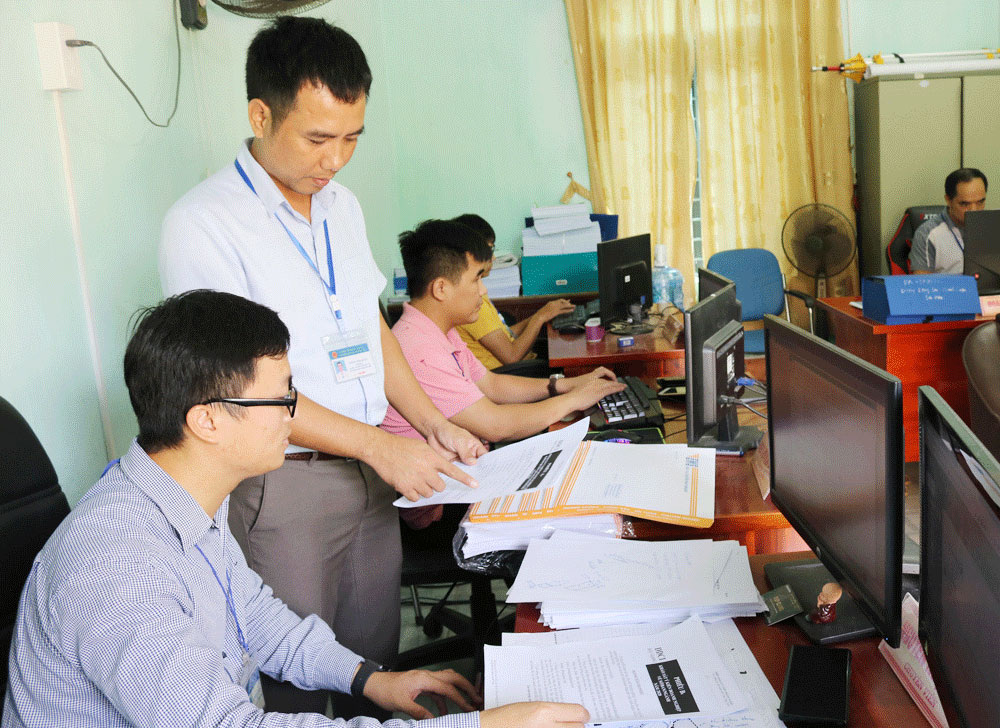 Competitiveness assessment, improve investment, business environment, Bac Giang province, department and district competitiveness index, Provincial Competitiveness Index,  average operating quality