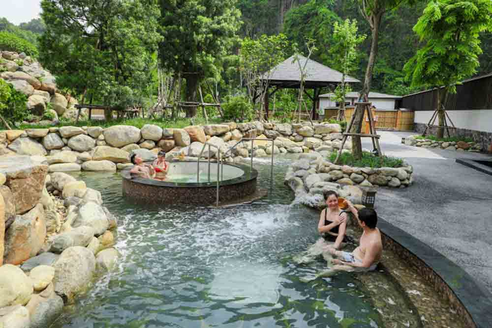 Yoko Onsen Quang Hanh, new charm, Quang Ninh province, brand new tourist, Japanese-style healthcare tourism service, hot spring baths