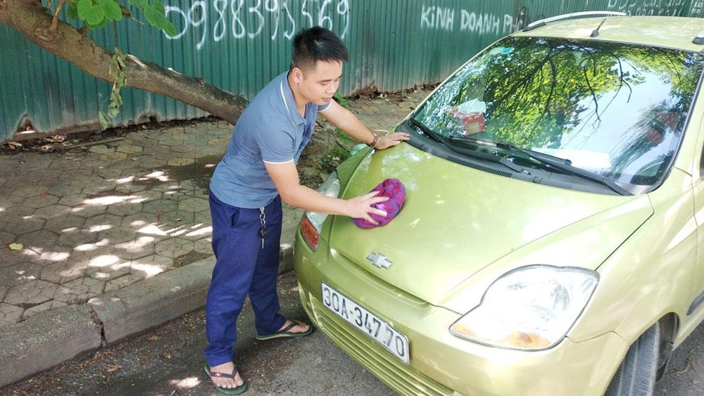 Chàng trai trẻ với những chuyến xe miễn phí giúp bệnh nhân nghèo