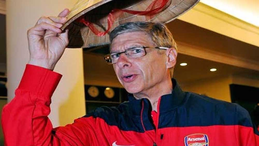 Arsen Wenger to coach French stars for friendly in Việt Nam next year