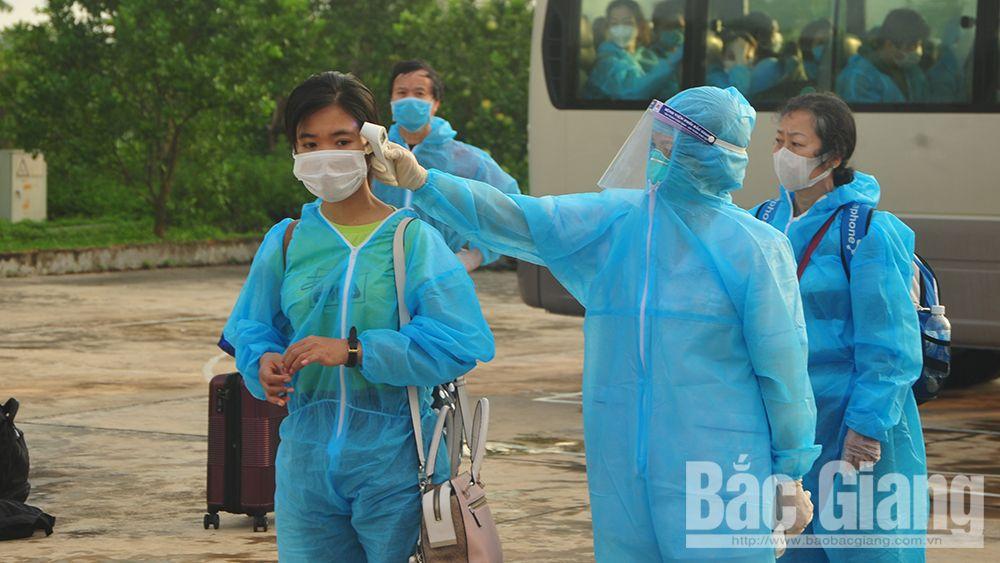 Bắc Giang: Tiếp nhận cách ly y tế 150 người trở về từ Australia