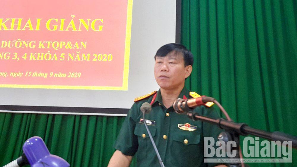 Bắc Giang: 76 cán bộ, quân nhân tham gia lớp bồi dưỡng kiến thức quốc phòng - an ninh đối tượng 3,4