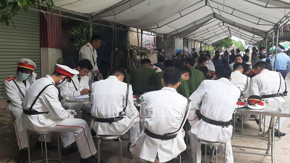 Tang lễ chiến sĩ cảnh sát cơ động Nguyễn Văn Mạnh, hy sinh, Bắc Giang