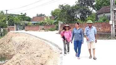 Bắc Giang: 185 đồng chí bí thư chi bộ đồng thời là trưởng thôn, tổ dân phố