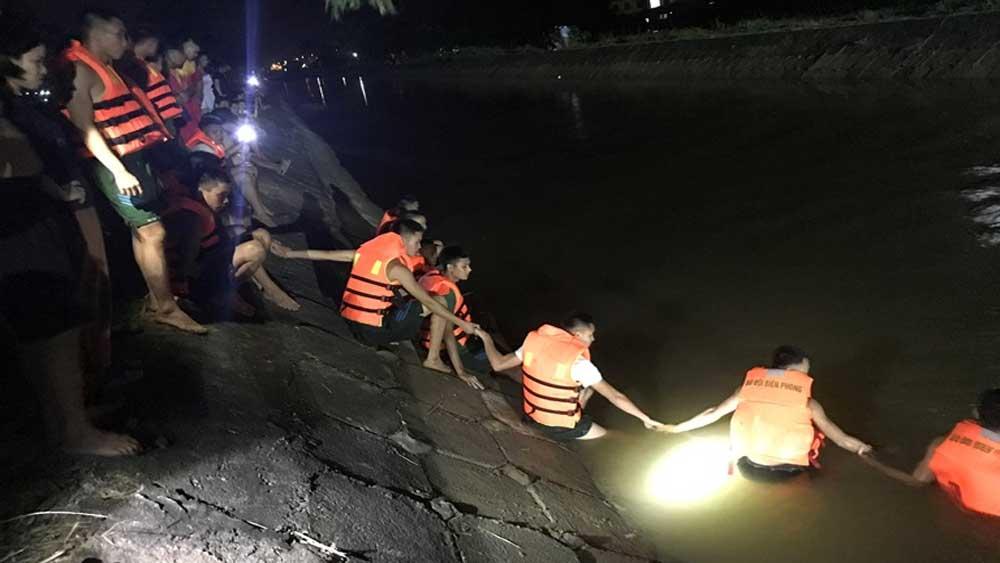 Vĩnh Phúc, tìm thấy, thi thể , 3 ông cháu ngã xuống kênh