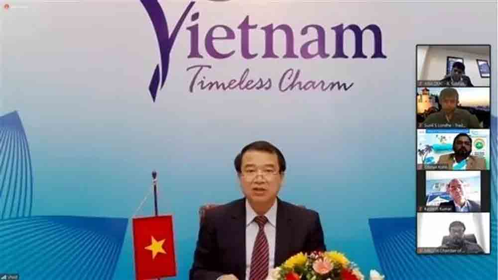 Tourism sectors, Vietnam, India, seek ways, overcome obstacles, tourism cooperation, post-pandemic era, new normal period