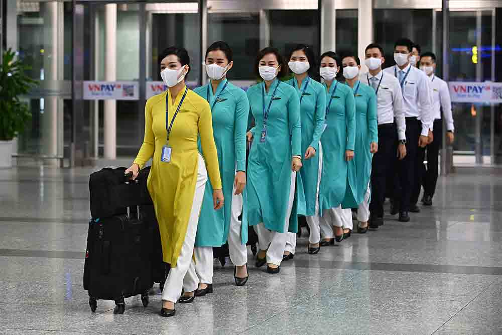 Vietnam, first int'l commercial flight, six months, takes off, Hanoi-Tokyo flight, Covid-19 pandemic, one-way flight