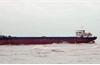 Ninh Bình: Cứu hộ thành công tàu chở hàng mắc cạn và 9 thuyền viên