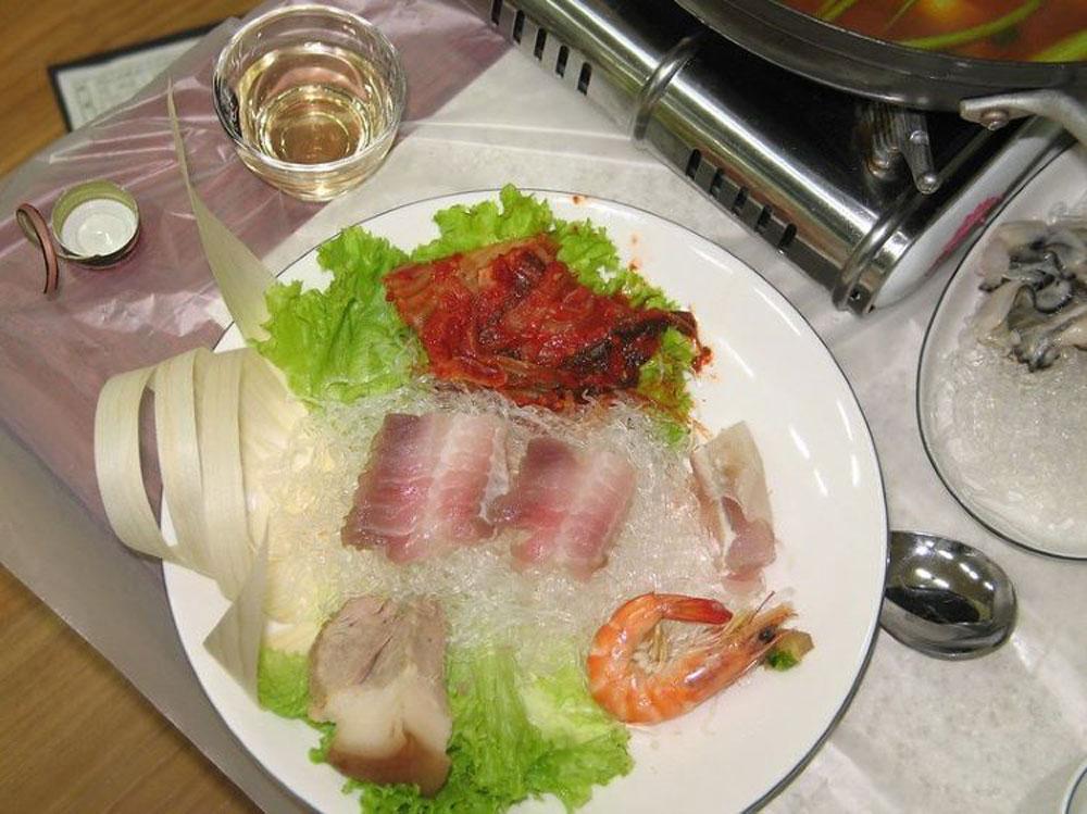 Món ăn,Hongeo,cá đuối lên men,Hàn Quốc,mùi hôi thối
