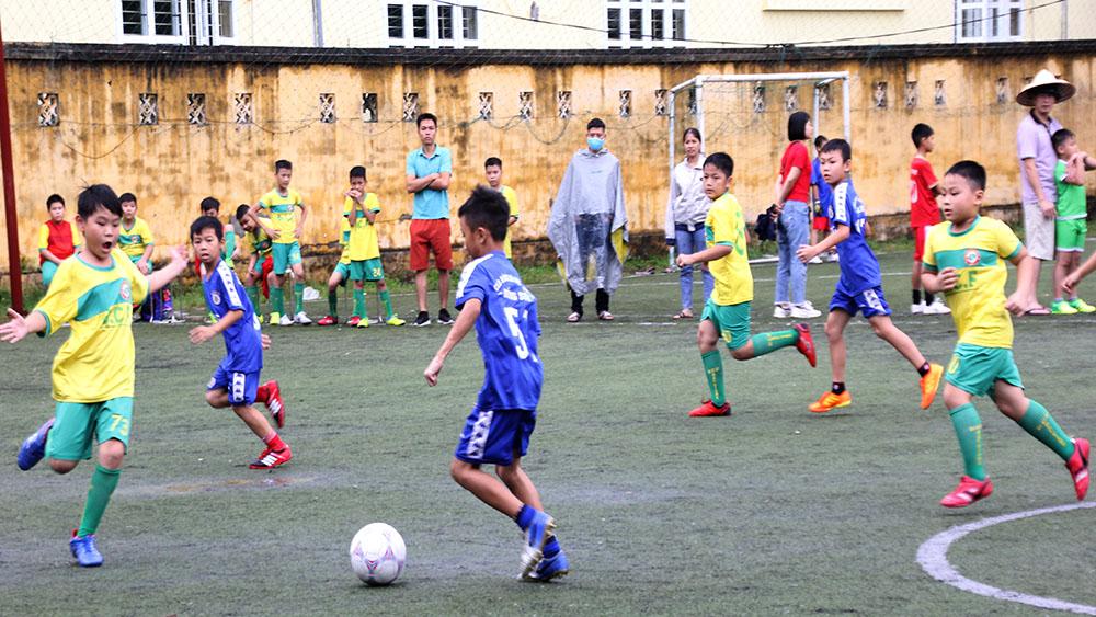 Hơn 100 vận động viên nhí tranh cúp các CLB Nhà văn hóa Thiếu nhi tỉnh