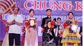 Chung kết Hội thi Tiếng hát sông Thương: Thí sinh ngoại tỉnh soán ngôi cả 3 dòng nhạc