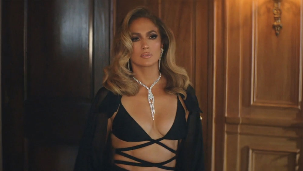 Jennifer Lopez,  Cong Tri robe, latest music video, American singer, Pa Ti, Lonely, newly released, New York Fashion Week