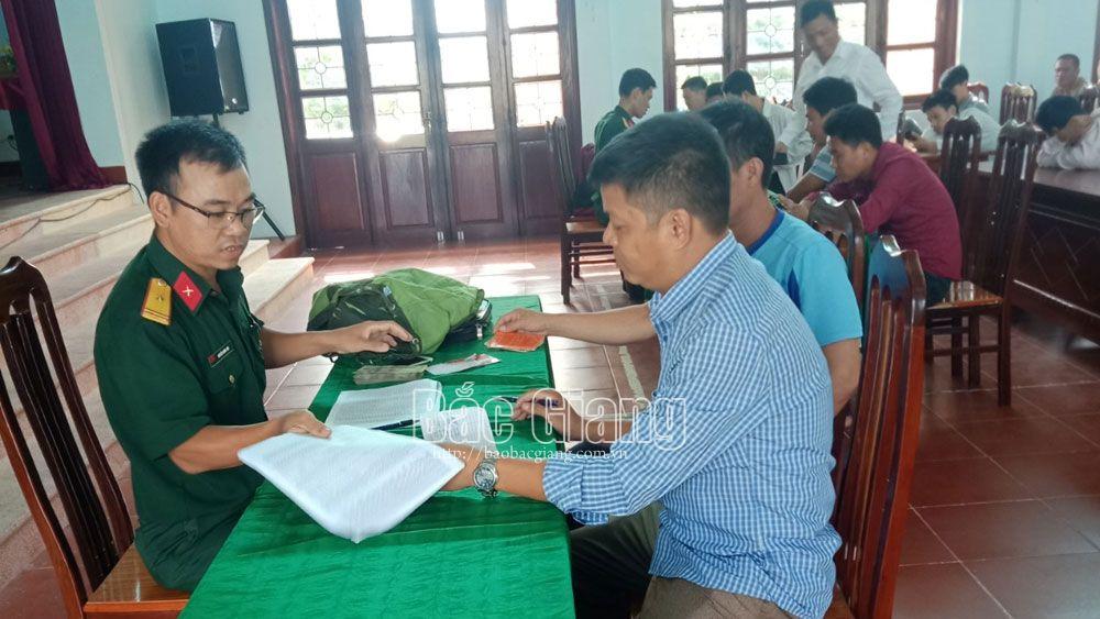 Việt Yên: Chi trả phụ cấp trách nhiệm cho quân nhân dự bị