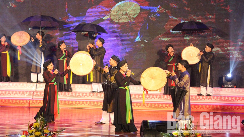 Quan ho singing festival, kicked off, Bac Giang province, art troops, Love duet, ancient melodies, tourism development