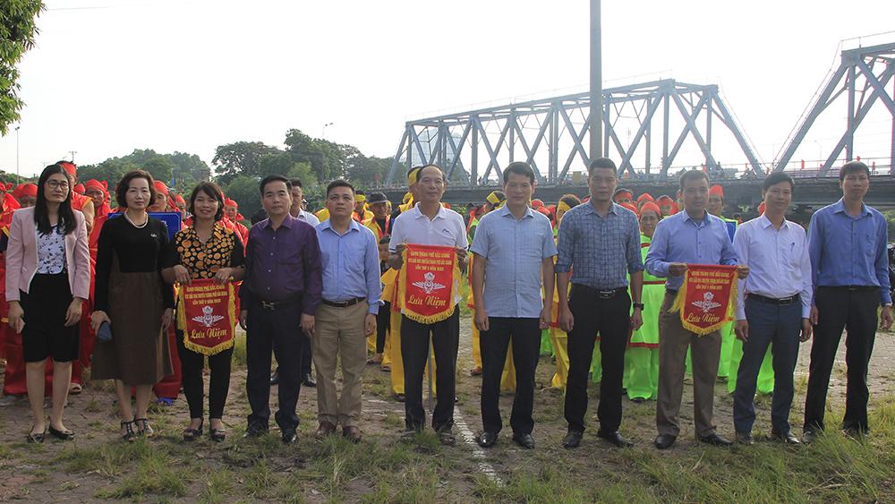 Xã Tân Tiến, phường Trần Phú về nhất Giải đua thuyền thành phố Bắc Giang