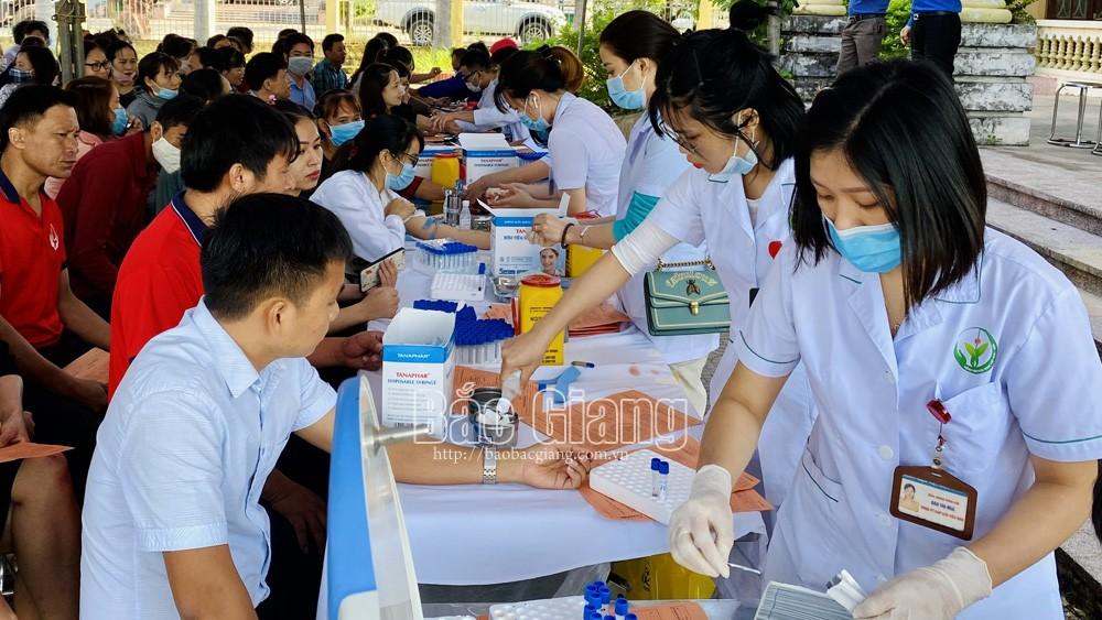 Lạng Giang (Bắc Giang) thu hơn 470 đơn vị máu trong Ngày hội hiến máu tình nguyện