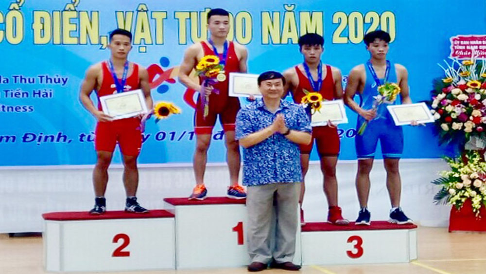 Bac Giang team wins 6 medals at National Classic and Freestyle Wrestling Championships